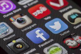 prowadzenie profili firmowych obsługa social media kraków
